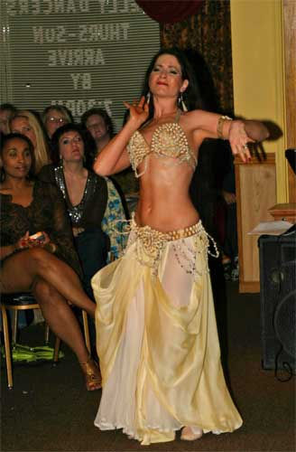 an overview of belly dancing