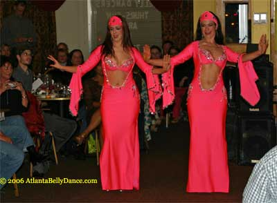 an overview of belly dancing Donna carlton provides a carefully-researched description of the belly dancing craze that erupted in the us in the wake of the 1893 columbia exposition in chicago.