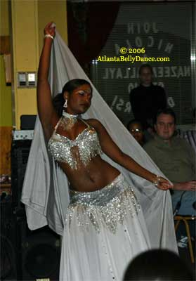 Overview of Belly Dance: Egyptian Cabaret style Belly Dancing