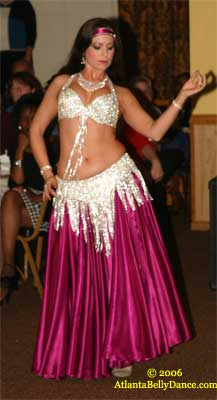 bbf04aaf1c37d Overview of Belly Dance: Belly dance costumes